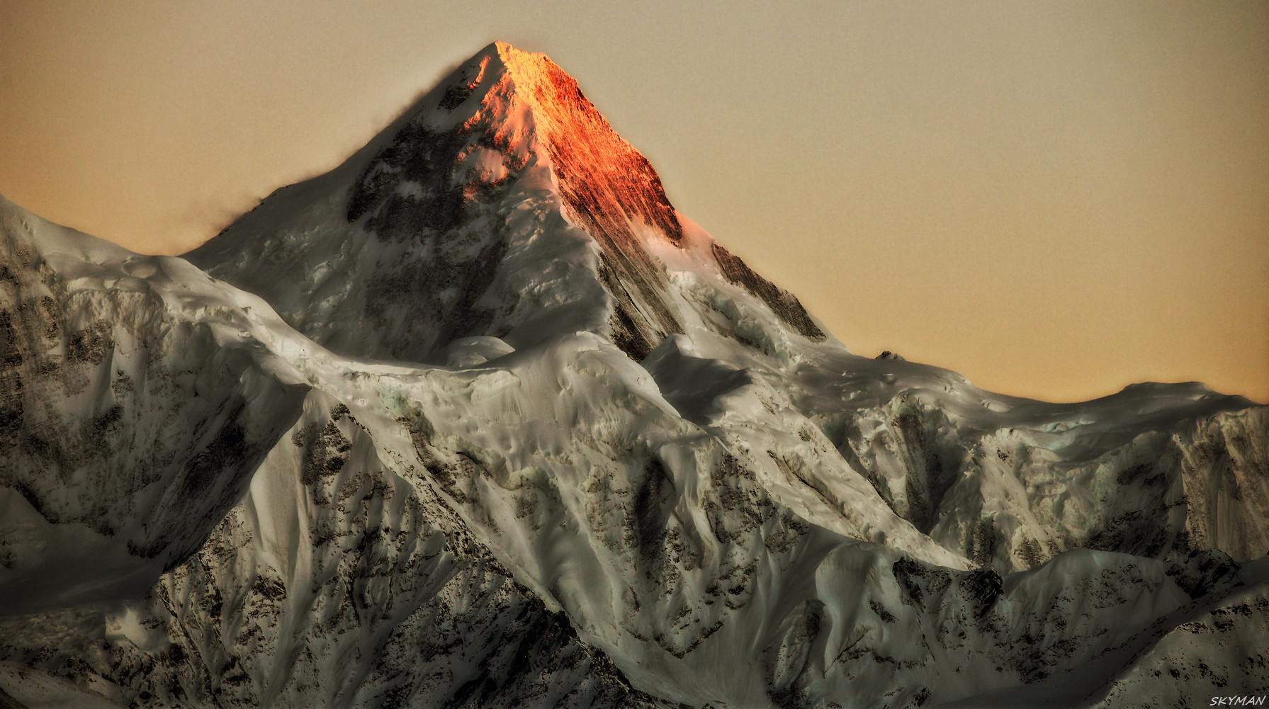 Re:[原创]---绝美的景观航线CTU-KGT 航拍四姑娘 贡嘎 雅拉神山---