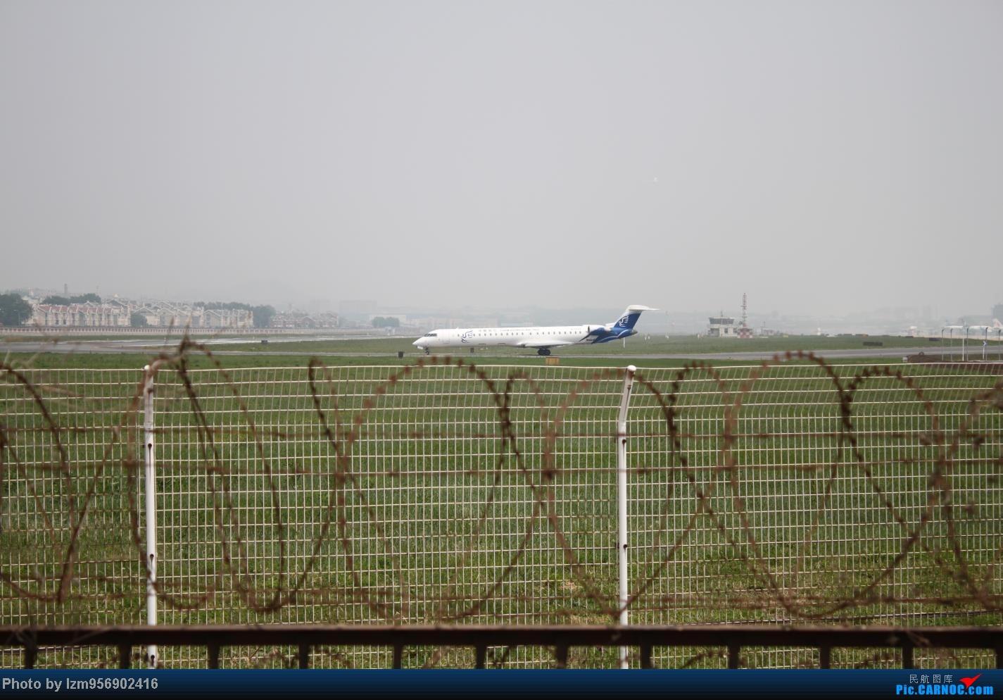 Re:[原创]DLC蹲点大半天,拍到了大棒航空772=w= BOMBARDIER (CANADAIR) CRJ-900 B-7693 中国大连周水子机场
