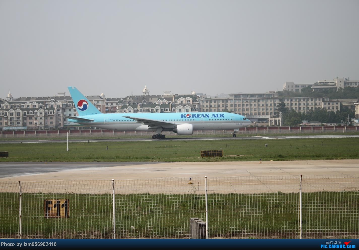 Re:[原创]DLC蹲点大半天,拍到了大棒航空772=w= BOEING 777-200 HL7766 中国大连周水子机场