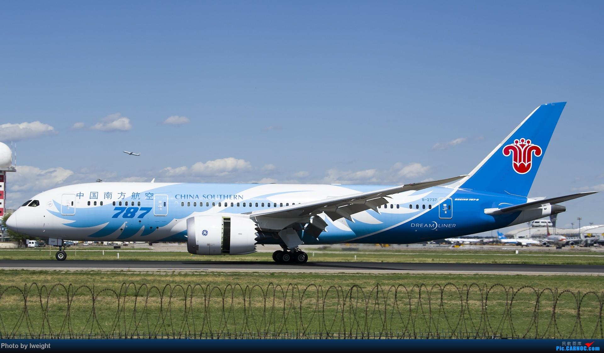 Re:[原创]新相机+好天气,PEK试机乱拍 BOEING 787-8 B-2737 中国北京首都机场
