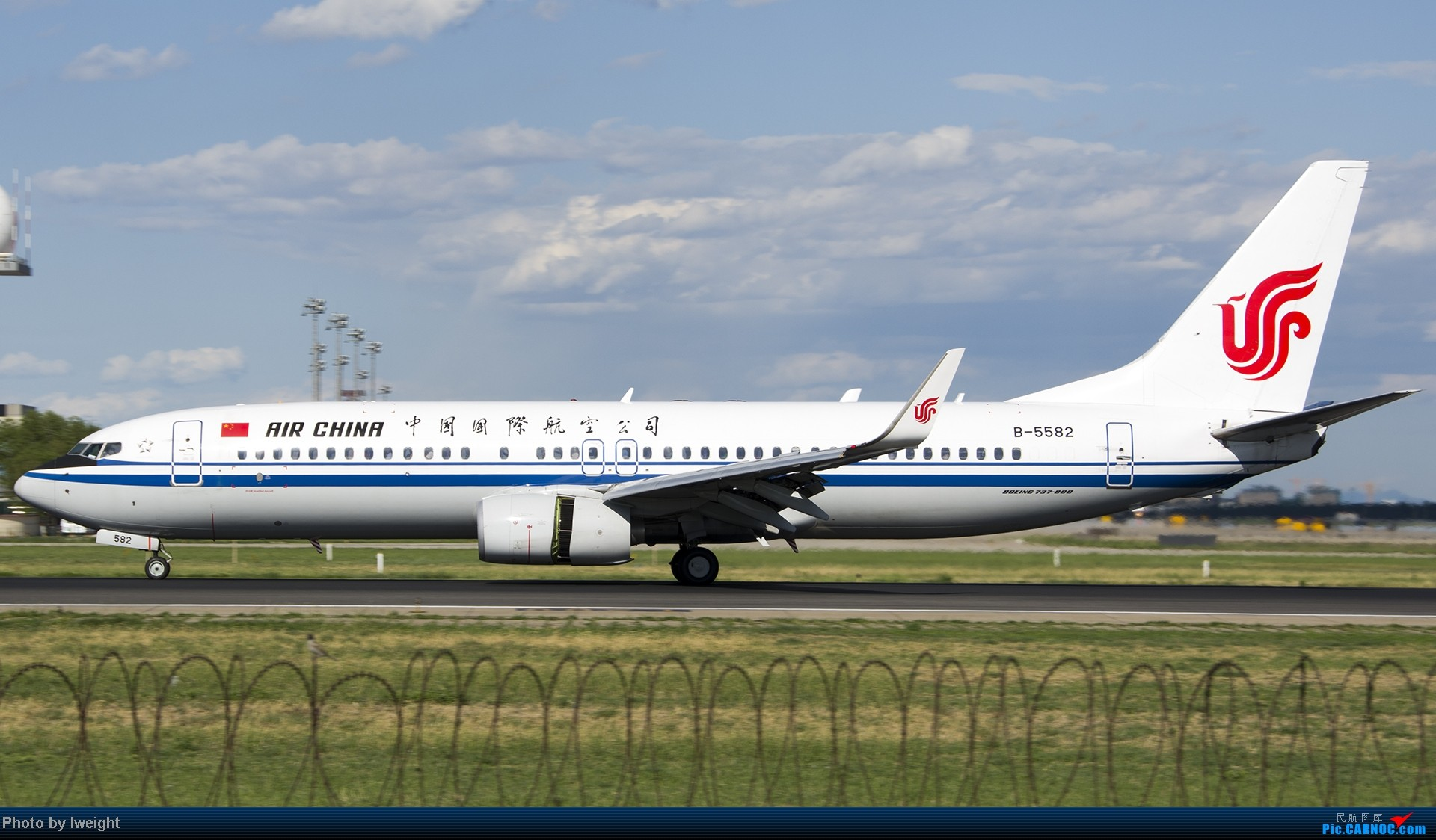 Re:[原创]新相机+好天气,PEK试机乱拍 BOEING 737-800 B-5582 中国北京首都机场