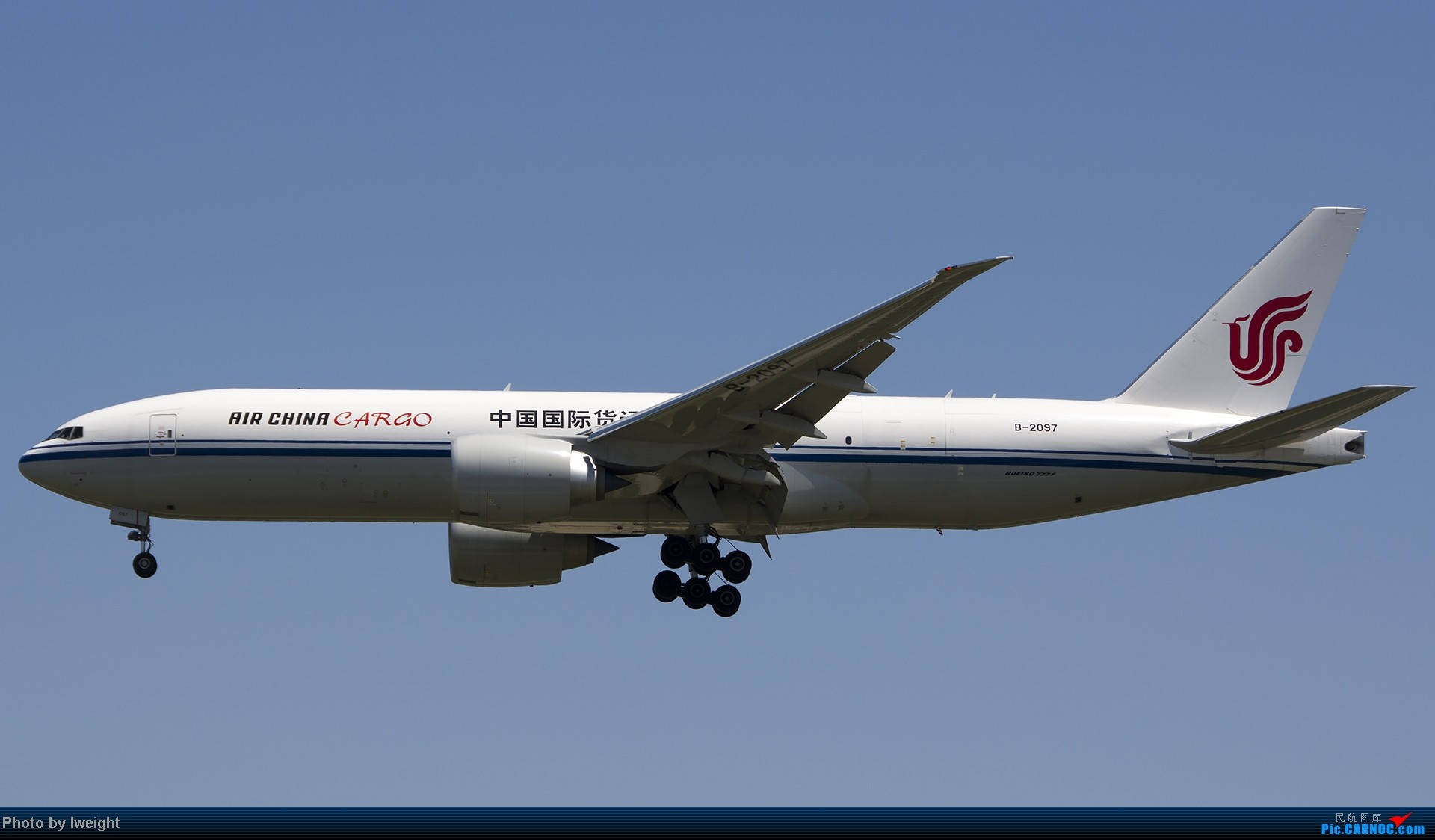 Re:[原创]酷暑周末拍遍PEK三条跑道,收获众多常见机型 BOEING 777-200 B-2097 中国北京首都机场