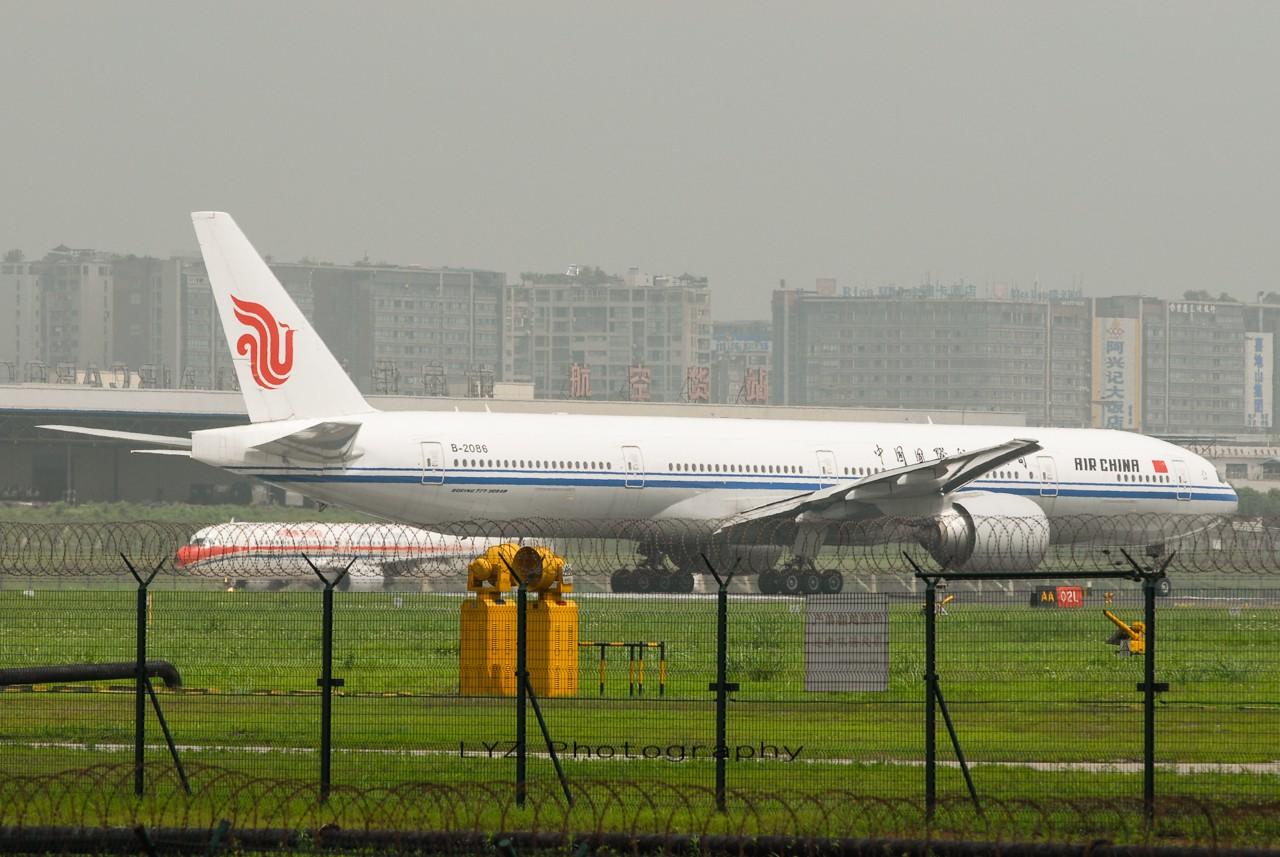 [原创]【回归贴】——CKG平淡无奇的一天 BOEING 777-300 B-2086 中国重庆江北机场