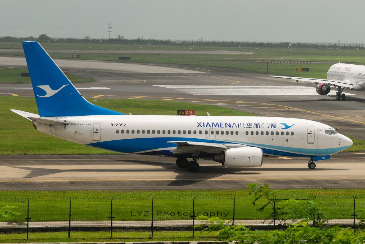 Re:[原创]【回归贴】——CKG平淡无奇的一天 BOEING 737-700 B-2992 中国重庆江北机场