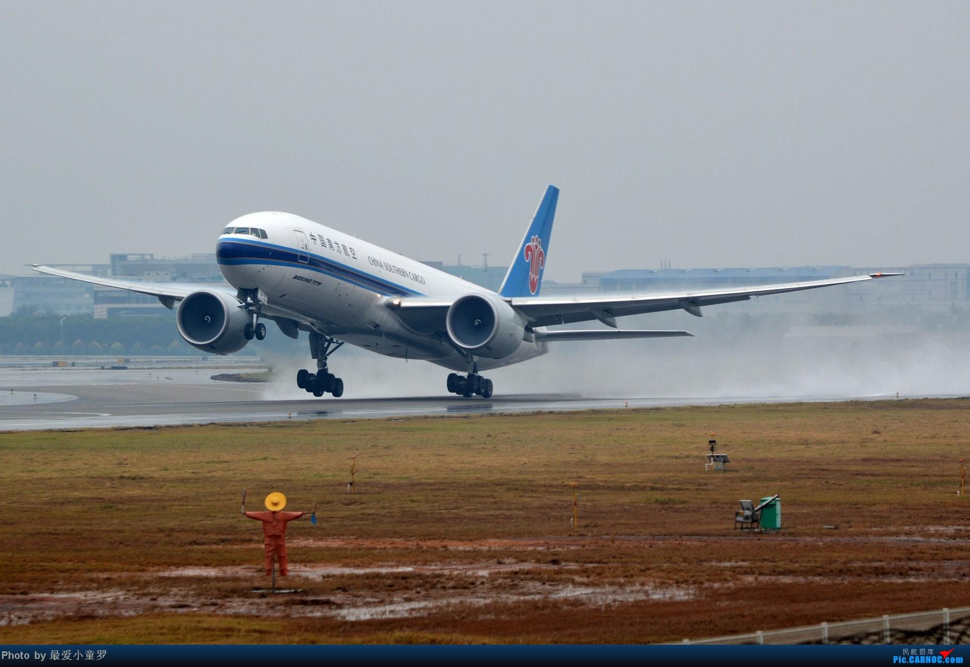 Re:[原创]去年在CAN拍国航757退役时候的那个冷雨周末 BOEING 777-200 B-2081 中国广州白云机场