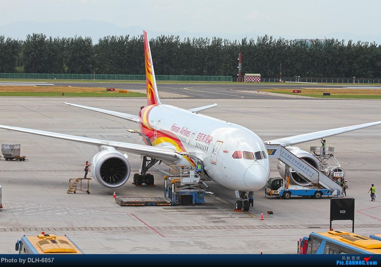 """烈日炎炎之下 飞友拍机不""""怕""""累T- T BOEING 787-8 B-2729 中国北京首都机场"""