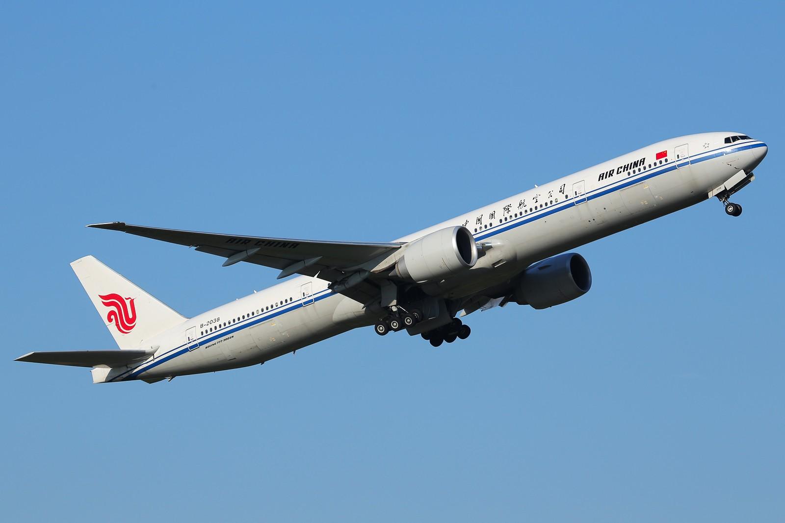 Re:[原创][CCFA]难得好天,成都啊,你这个夏天怎么就热不起来 BOEING 777-300 B-2038 中国成都双流机场