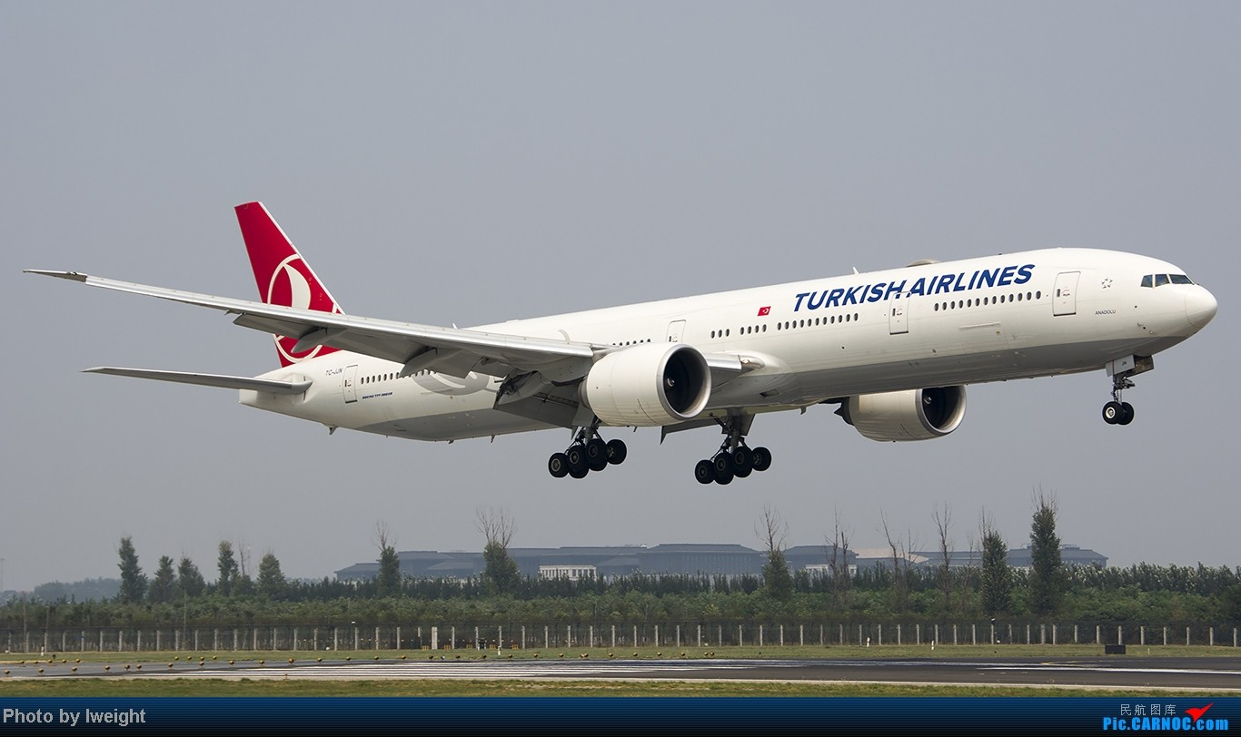 Re:[原创]给力的南风,恼人的雾霾,首都机场7.27 BOEING 777-300 TC-JJN 中国北京首都机场