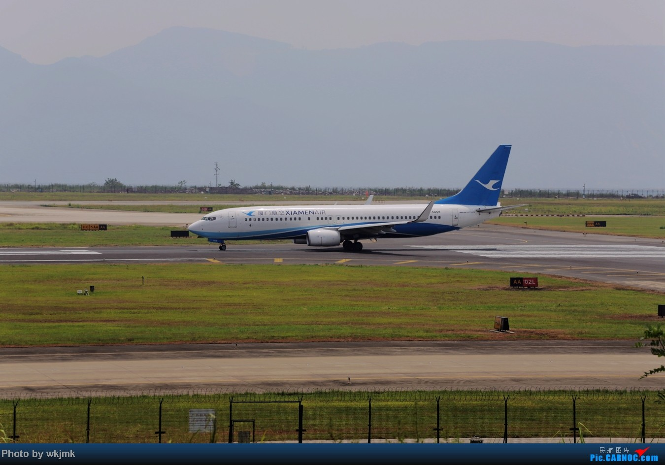 Re:[原创]CKG拍东海公务 BOEING 737-800 B-5659 中国重庆江北机场