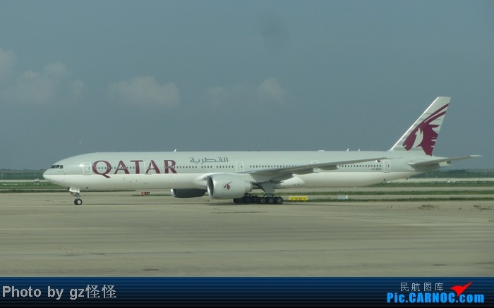 Re:[原创]【小数码拍机】浦东候机随拍 都是小渔村看不到的 这些机型哪家好? BOEING 777-300 A7-BAU 中国上海浦东机场