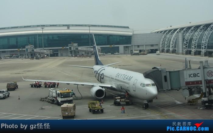 Re:[原创]【小数码拍机】浦东候机随拍 都是小渔村看不到的 这些机型哪家好? BOEING 737-800 B-5640 中国广州白云机场