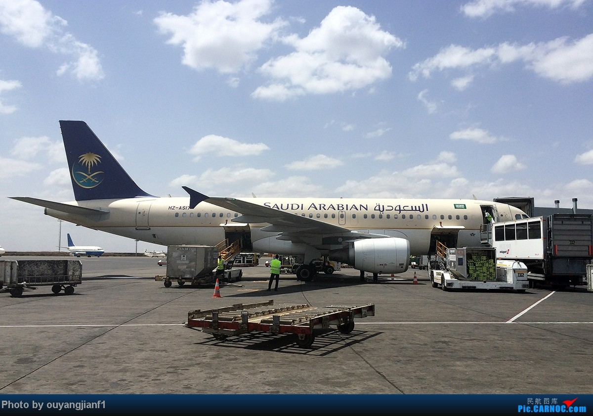 Re:[原创]一次真正的说走就走的旅行,一次真正与动物零距离接触的探险,埃塞俄比亚及肯尼亚游记.... AIRBUS A320-200 HZ-AS17 肯尼亚内罗毕乔莫·肯雅塔机场