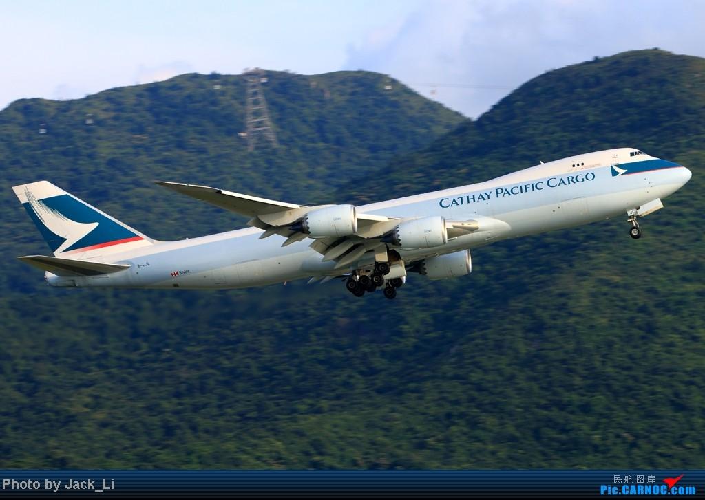 Re:[原创]2014年8月16日 香港机场拍机(第一次去维修区拍机,云们舞集彩绘,飞天熊猫。) BOEING 747-8 B-LJL 中国香港赤鱲角机场