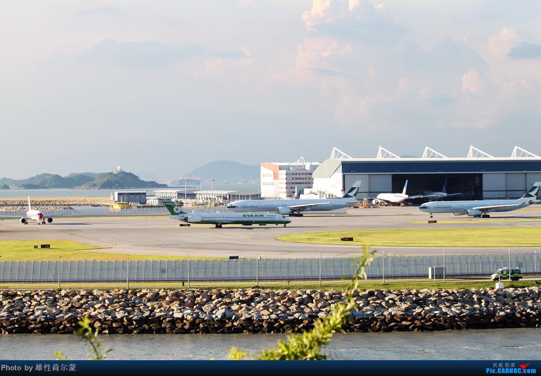 Re:[原创]香港机场沙螺湾村观机小记 MD MD-90-30 B-17913 中国香港赤鱲角机场