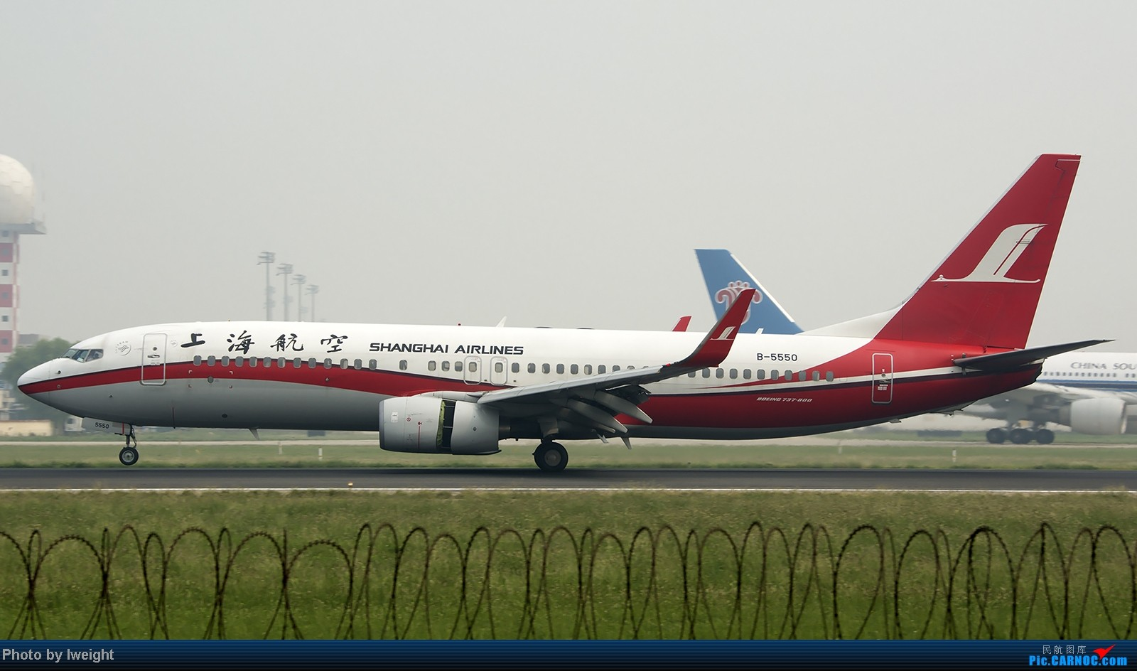 Re:[原创]9月7日帝都的烂天里乱拍一通 BOEING 737-800 B-5550 中国北京首都机场