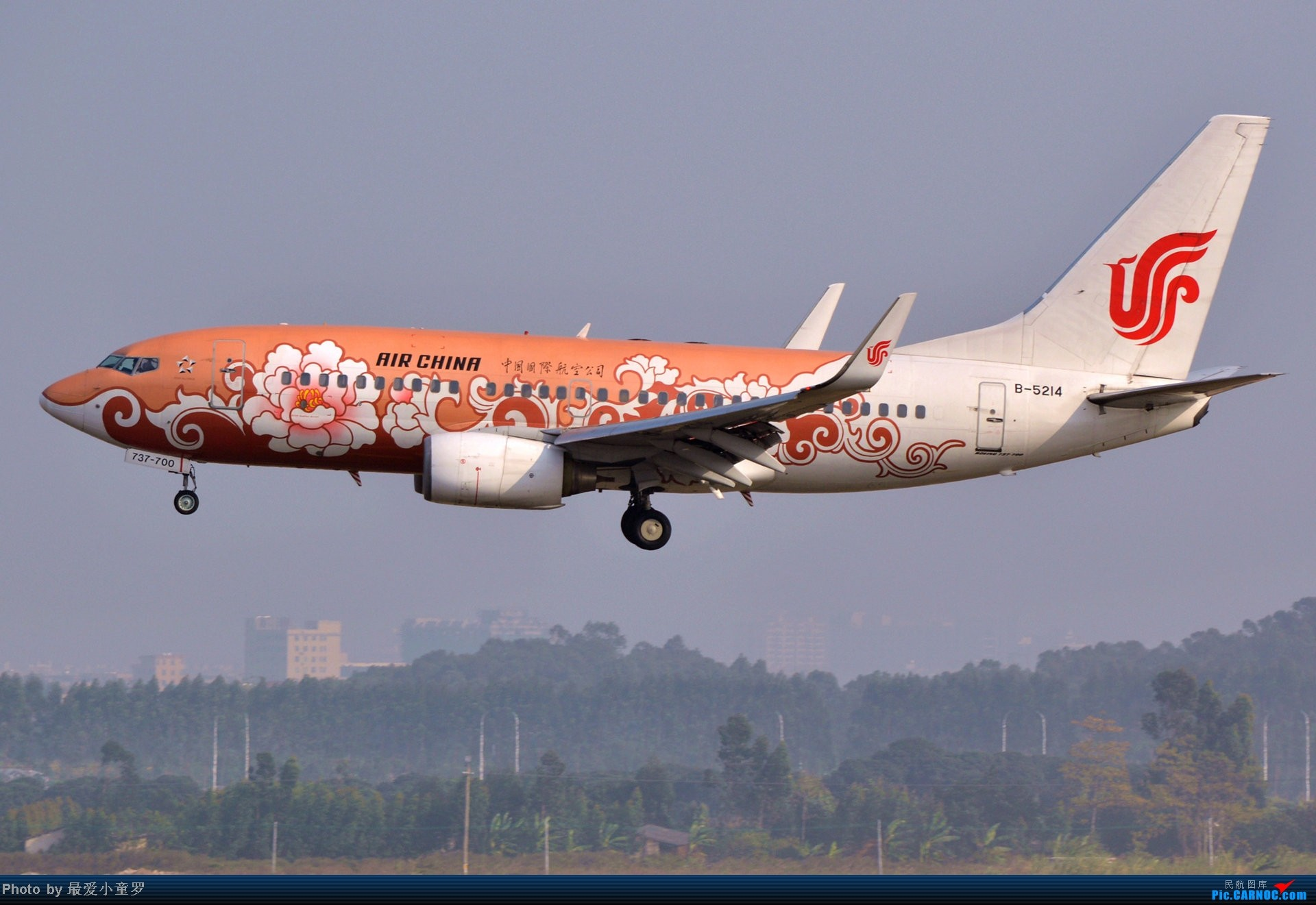 Re:[原创]好天拍机,去年12月21日广州消防塔拍机 BOEING 737-700 B-5214 中国广州白云机场