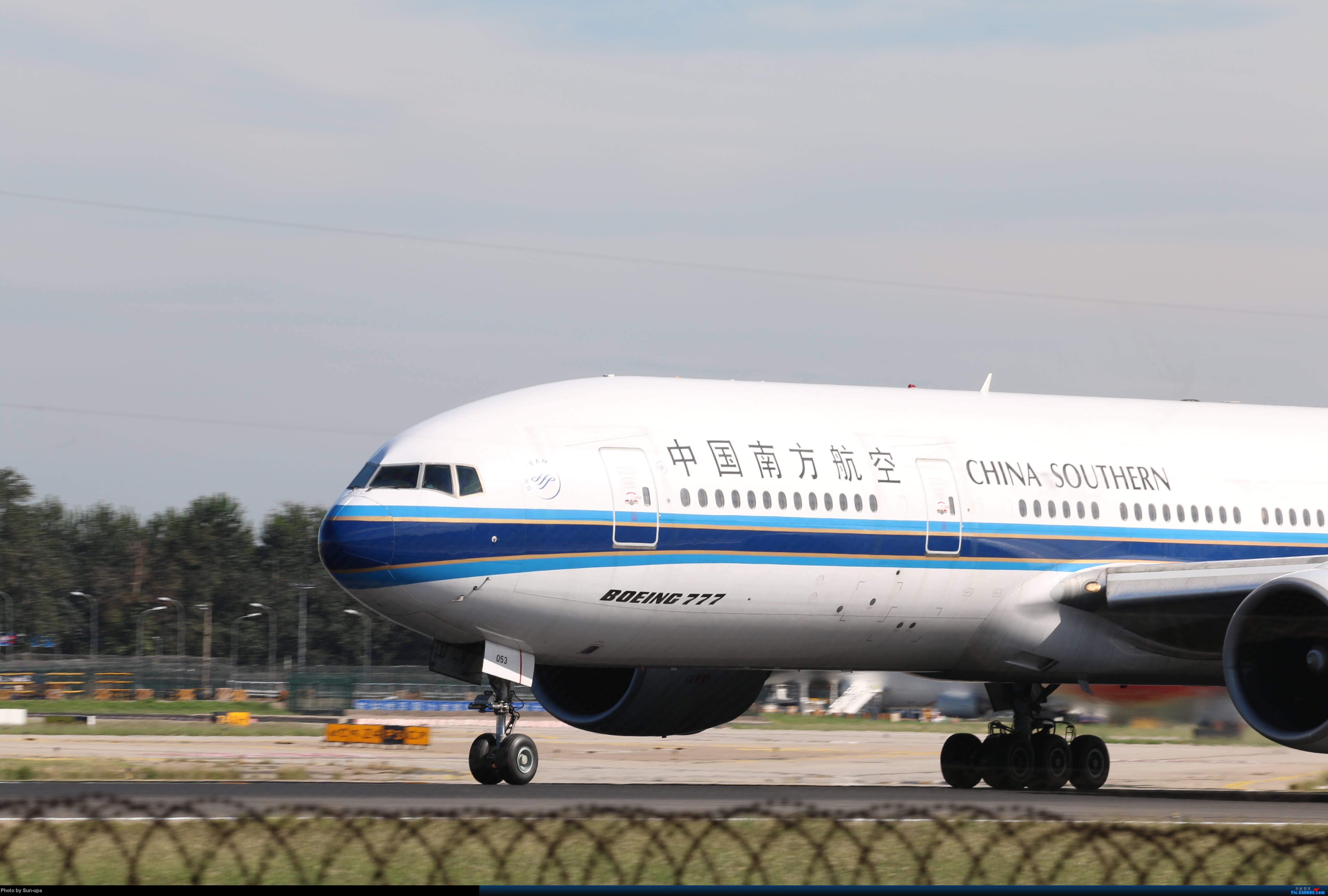 Re:[原创]天气好 去拍机!2014.9.8PEK拍机(厦航787) BOEING 777-200 B-2053 中国北京首都机场