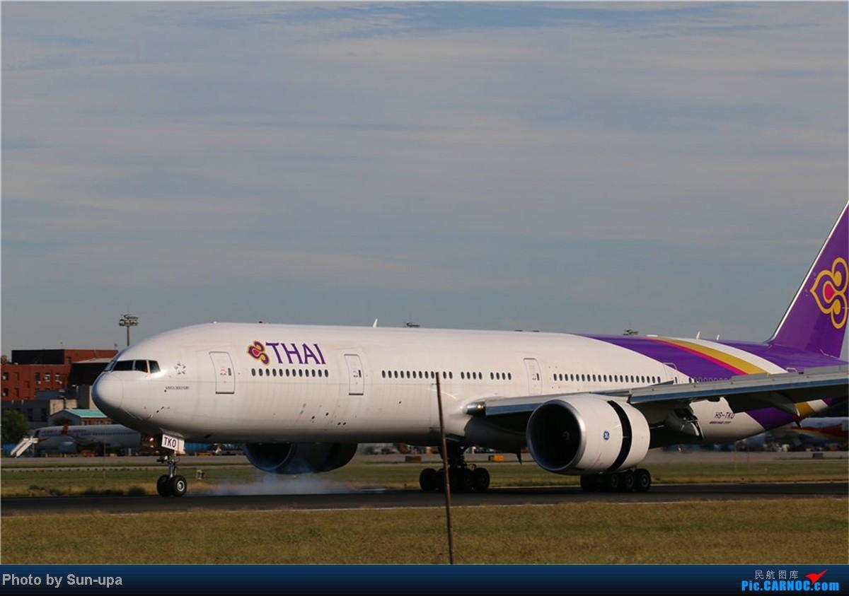 Re:[原创](再发一帖 上次没发好)好天气 去拍机!2014.9.8 PEK拍机(厦航787) BOEING 777-300ER HS-TKO 中国北京首都机场