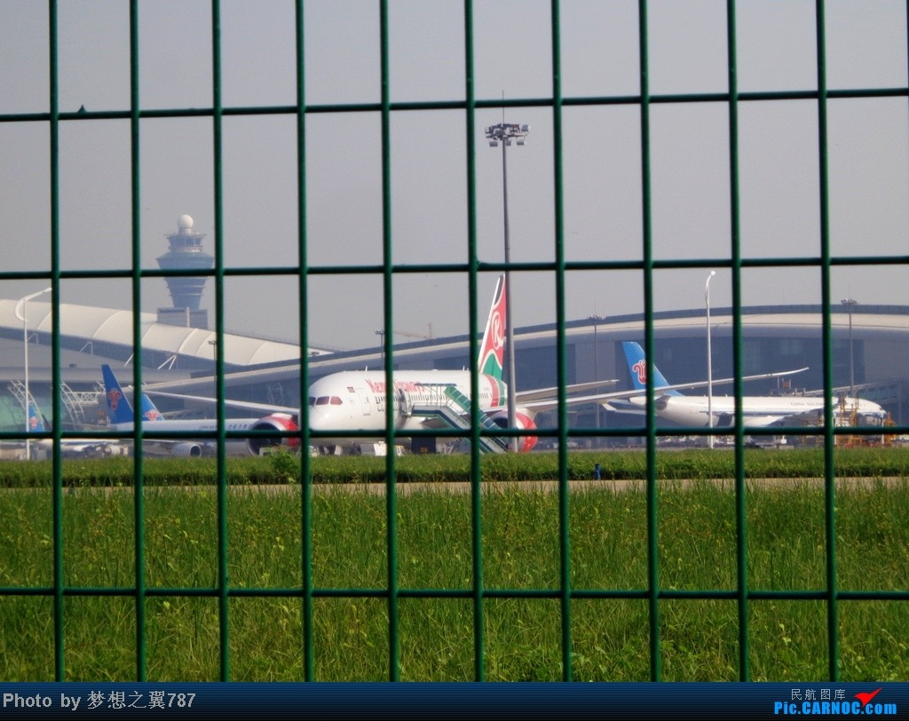 Re:[原创]2014.8.26北区+鬼屋拍机 BOEING 787-8  中国广州白云机场