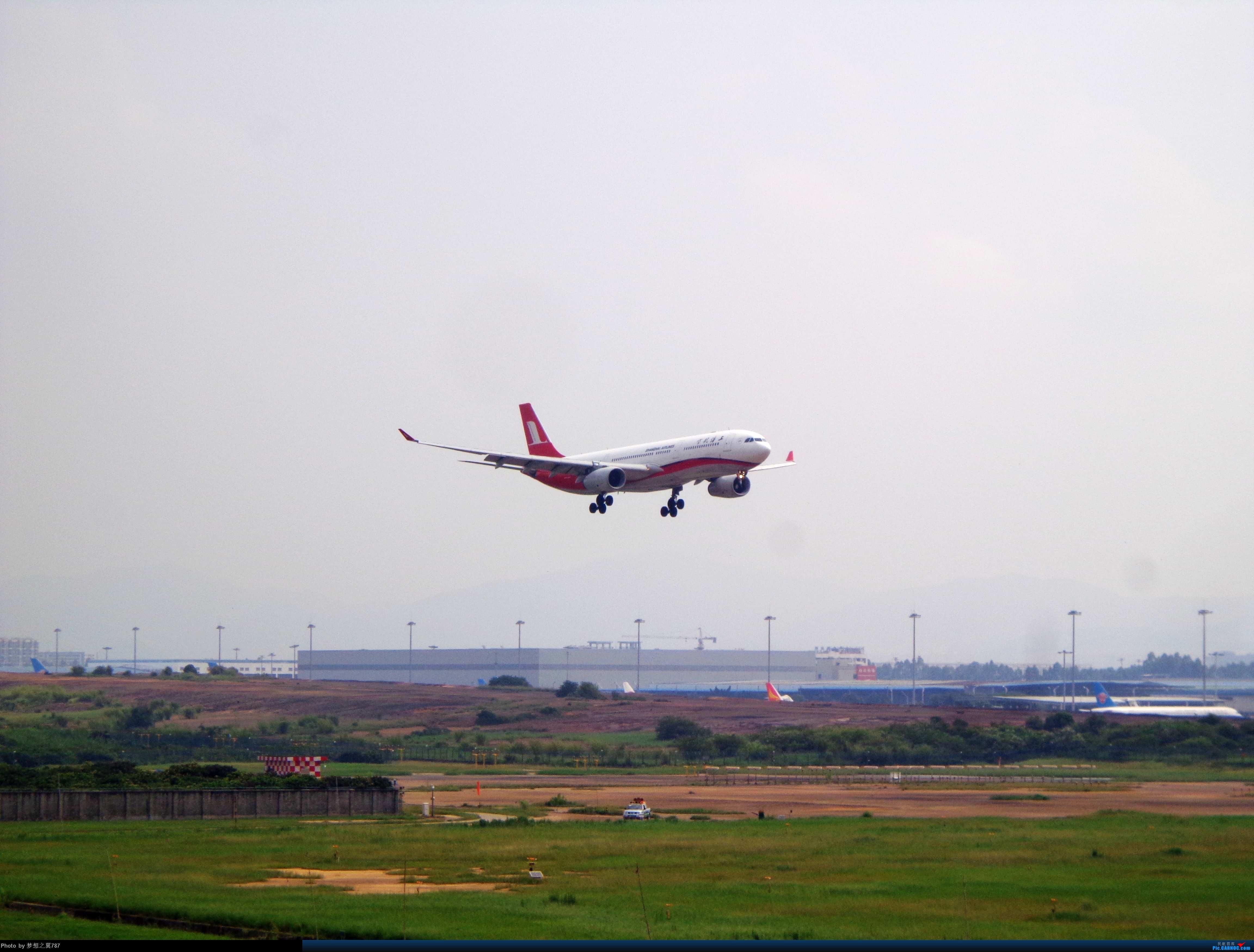 Re:[原创]2014.8.26北区+鬼屋拍机 AIRBUS A330-300 B-6097 中国广州白云机场
