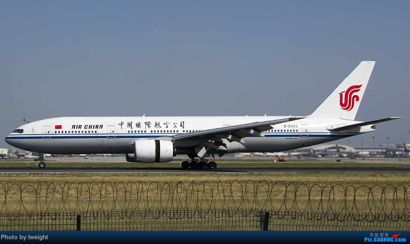 Re:[原创]忙里偷闲,首都机场乱拍 BOEING 777-200 B-2068 中国北京首都机场