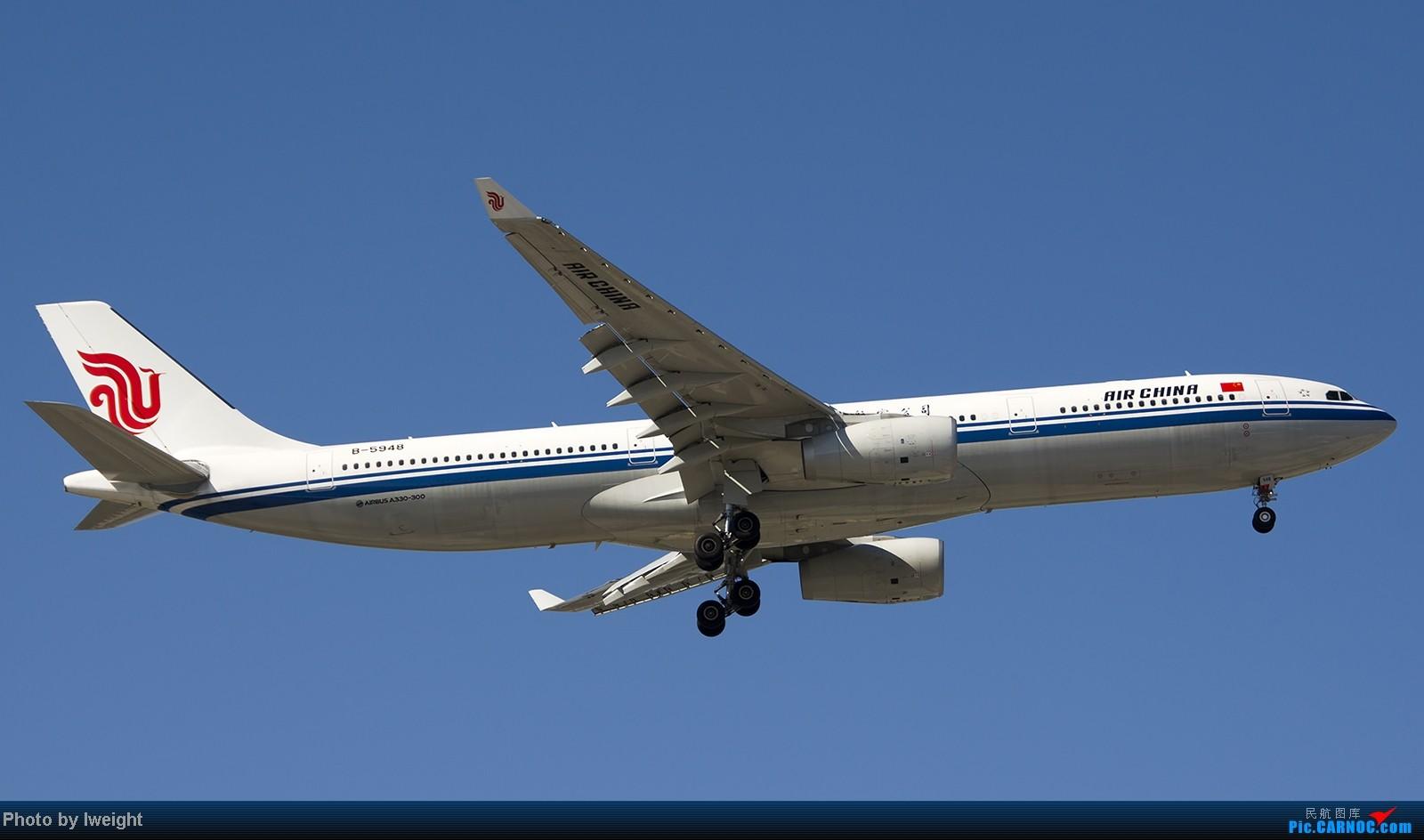 [原创]难得赶上PEK周末好天气,各种常见机型都有收获 AIRBUS A330-300 B-5948 中国北京首都机场
