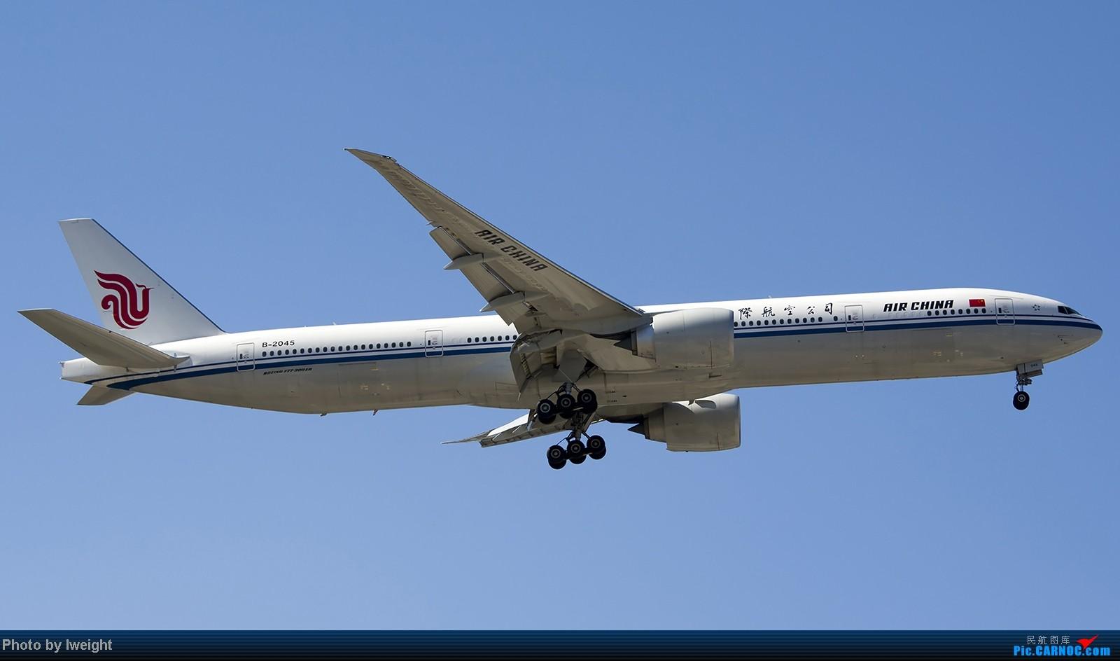 Re:[原创]难得赶上PEK周末好天气,各种常见机型都有收获 BOEING 777-300ER B-2045 中国北京首都机场