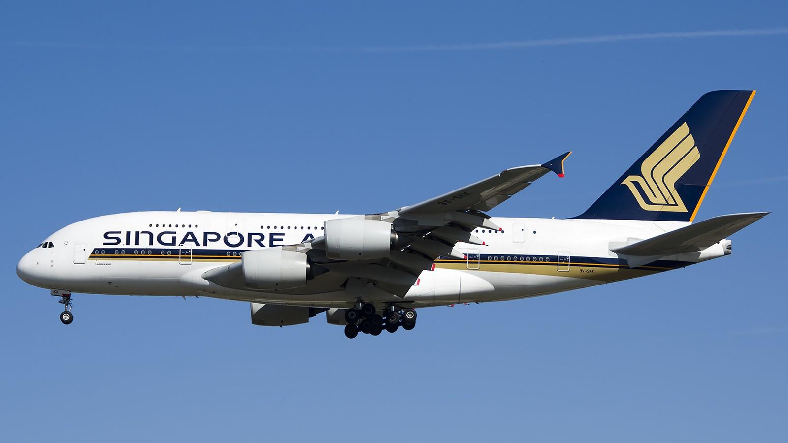 Re:[原创]难得赶上PEK周末好天气,各种常见机型都有收获 AIRBUS A380-800 9V-SKK 中国北京首都机场