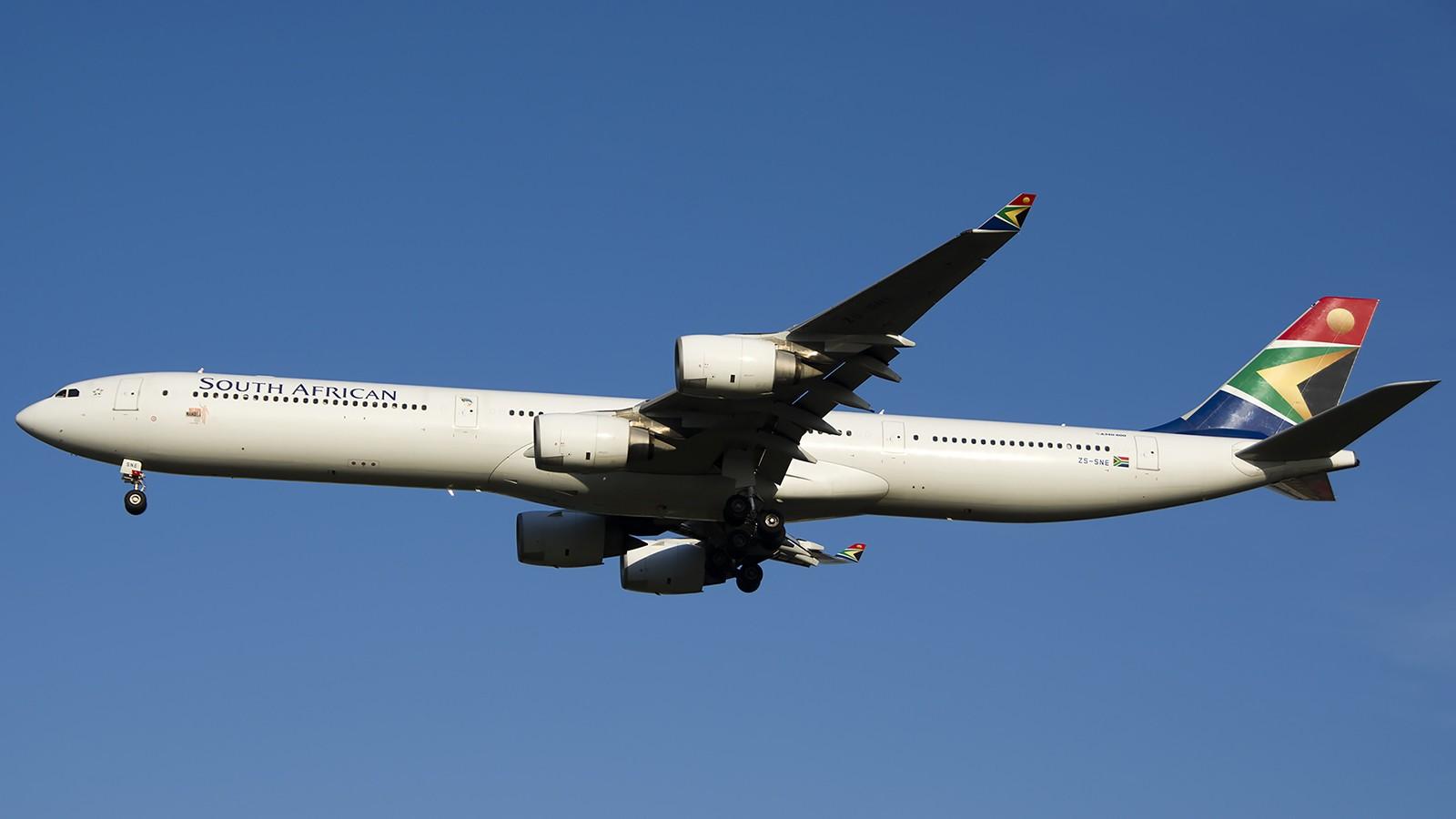 Re:[原创]难得赶上PEK周末好天气,各种常见机型都有收获 AIRBUS A340-600 ZS-SNE 中国北京首都机场