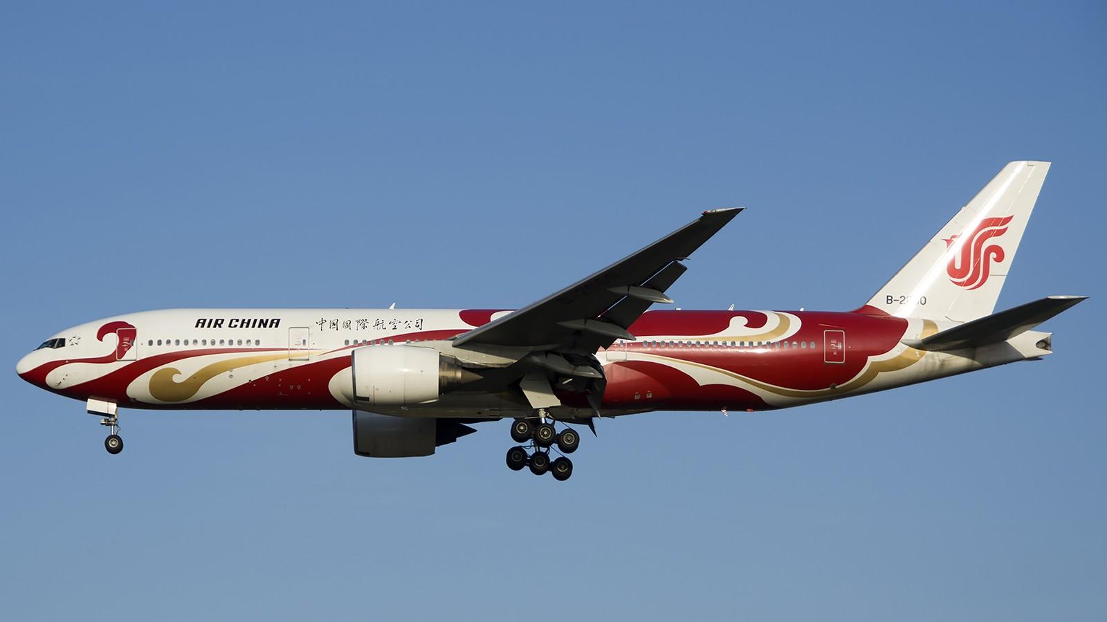 Re:[原创]难得赶上PEK周末好天气,各种常见机型都有收获 BOEING 777-200 B-2060 中国北京首都机场