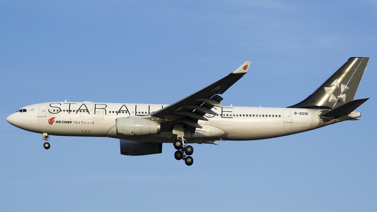Re:[原创]难得赶上PEK周末好天气,各种常见机型都有收获 AIRBUS A330-200 B-6091 中国北京首都机场