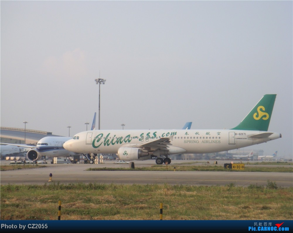 Re:[原创]2104.10.02白云机场02R围栏拍机 AIRBUS A320-200 B-6971 中国广州白云机场
