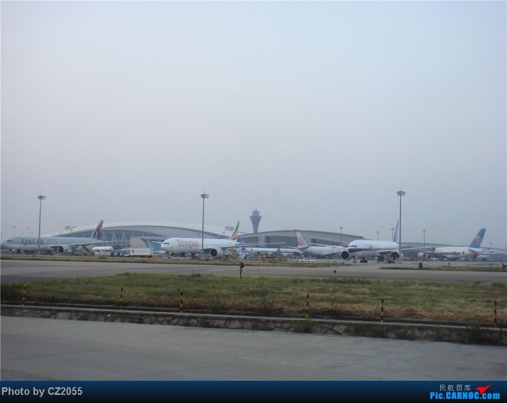 Re:[原创]2104.10.02白云机场02R围栏拍机    中国广州白云机场