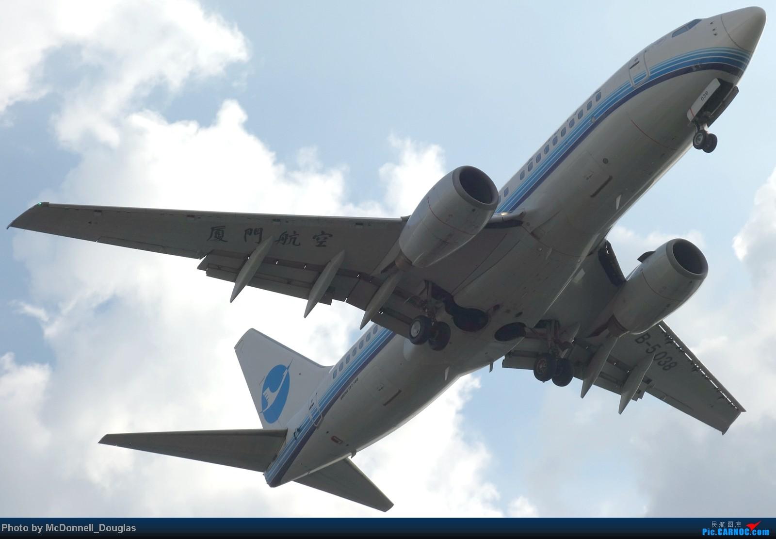 Re:[原创]【上海飞友会】ZSSS杂图一组 BOEING 737-700 B-5038 中国上海虹桥机场