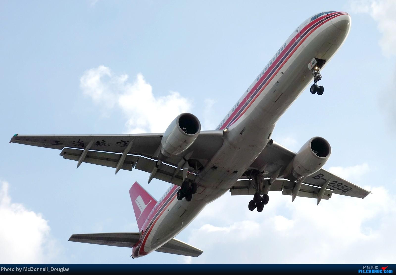 Re:[原创]【上海飞友会】ZSSS杂图一组 BOEING 757-200 B-2858 中国上海虹桥机场