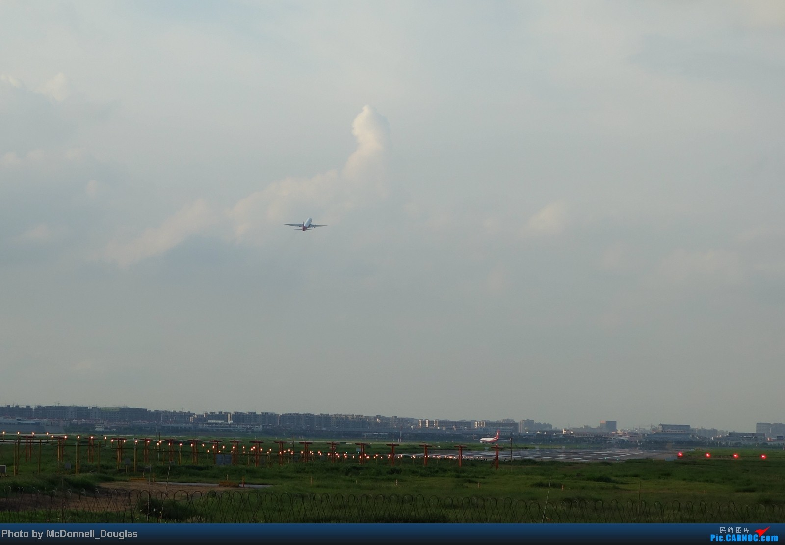 Re:[原创]【上海飞友会】ZSSS杂图一组 BOEING 737-800 B-5549 中国上海虹桥机场 中国上海虹桥机场