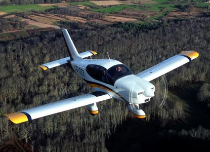 Re:[转贴]通航飞机汇总 SOCATA TB200