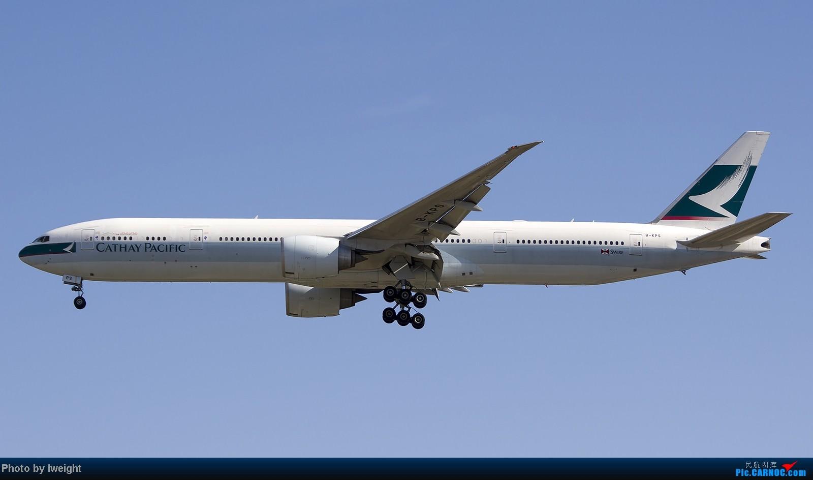 Re:[原创]终于盼来了晴天,PEK拍起【10月26日】 BOEING 777-300ER B-KPS 中国北京首都机场