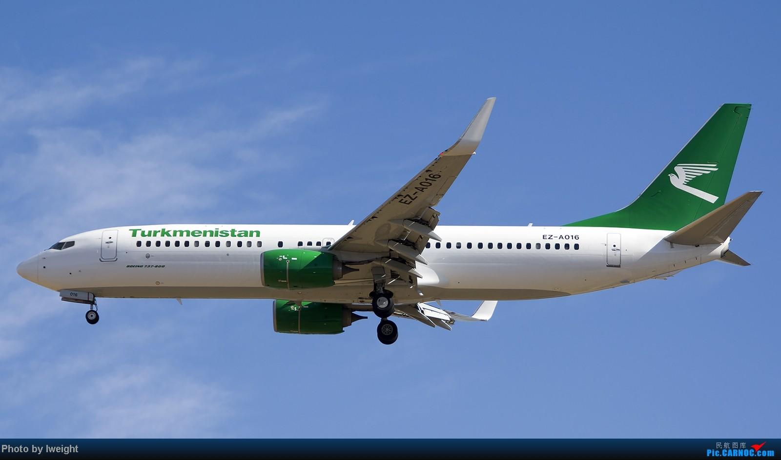 Re:[原创]终于盼来了晴天,PEK拍起【10月26日】 BOEING 737-800 EZ-A016 中国北京首都机场