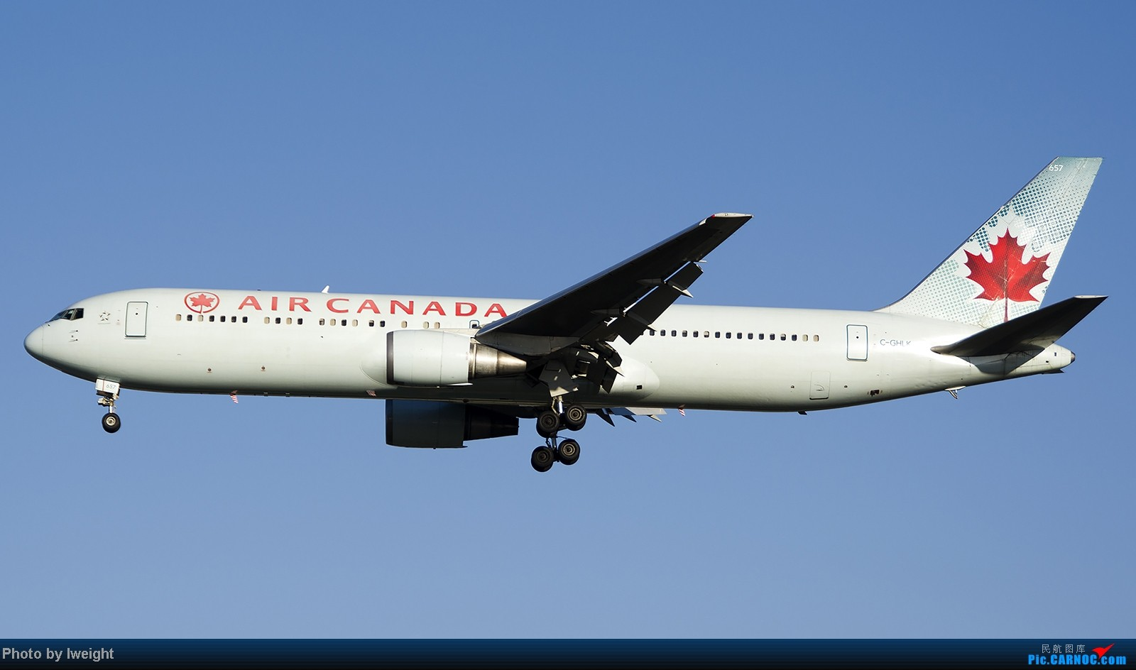 Re:[原创]终于盼来了晴天,PEK拍起【10月26日】 BOEING 767-300ER C-GHLK 中国北京首都机场