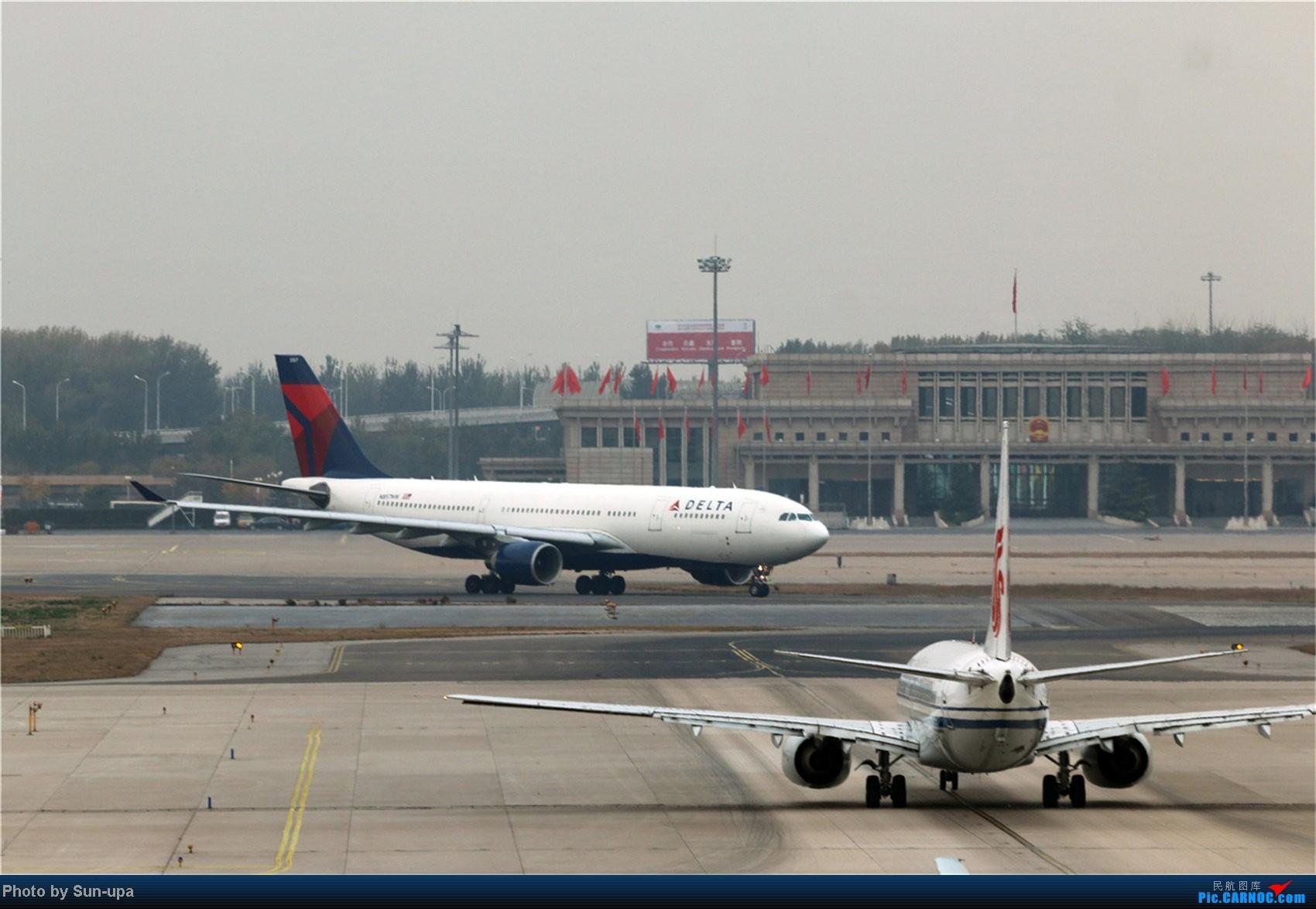 Re:[原创]【Sun-upa】老图新发 前段时间pek杂图+11.7机场内随拍 AIRBUS A330-200