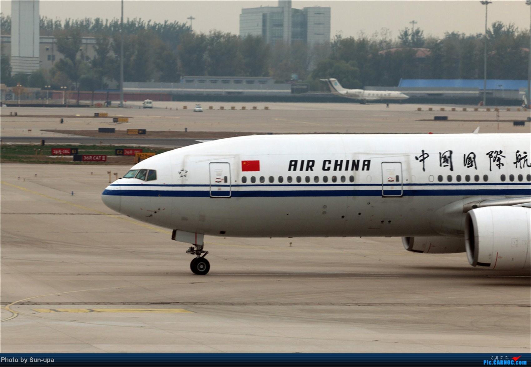 Re:[原创]【Sun-upa】老图新发 前段时间pek杂图+11.7机场内随拍 BOEING 777-200