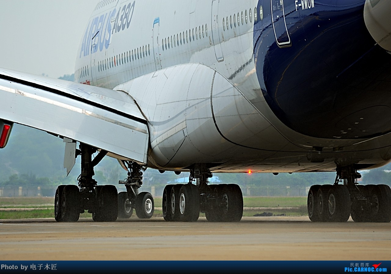 Re:[原创]= ̄ω ̄= AIRBUS A380-800