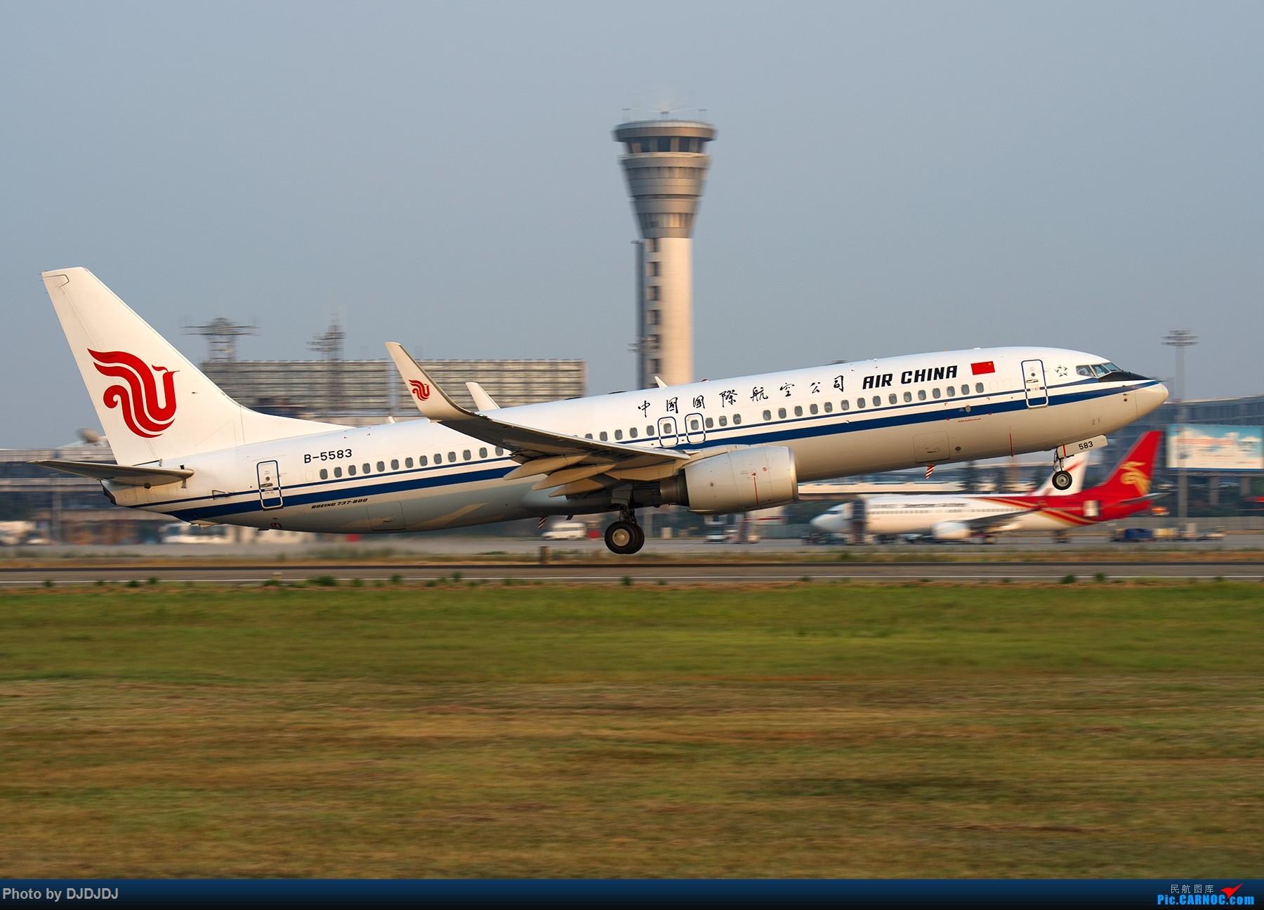 Re:[原创]【BLDDQ】刚开始拍飞机时,第一次去外地拍就是南京 BOEING 737-800 B-5583 中国南京禄口国际机场