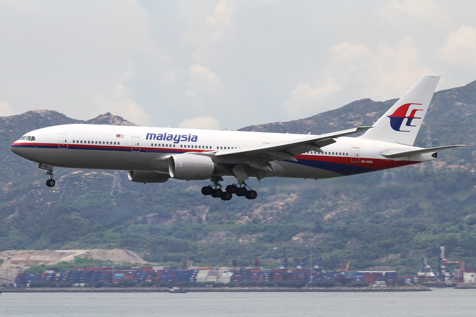 Re:[原创]【SHA/PVG/NKG/HKG/PEK】***********2014年度总结*********** BOEING 777-200ER 9M-MRD 中国香港赤鱲角国际机场