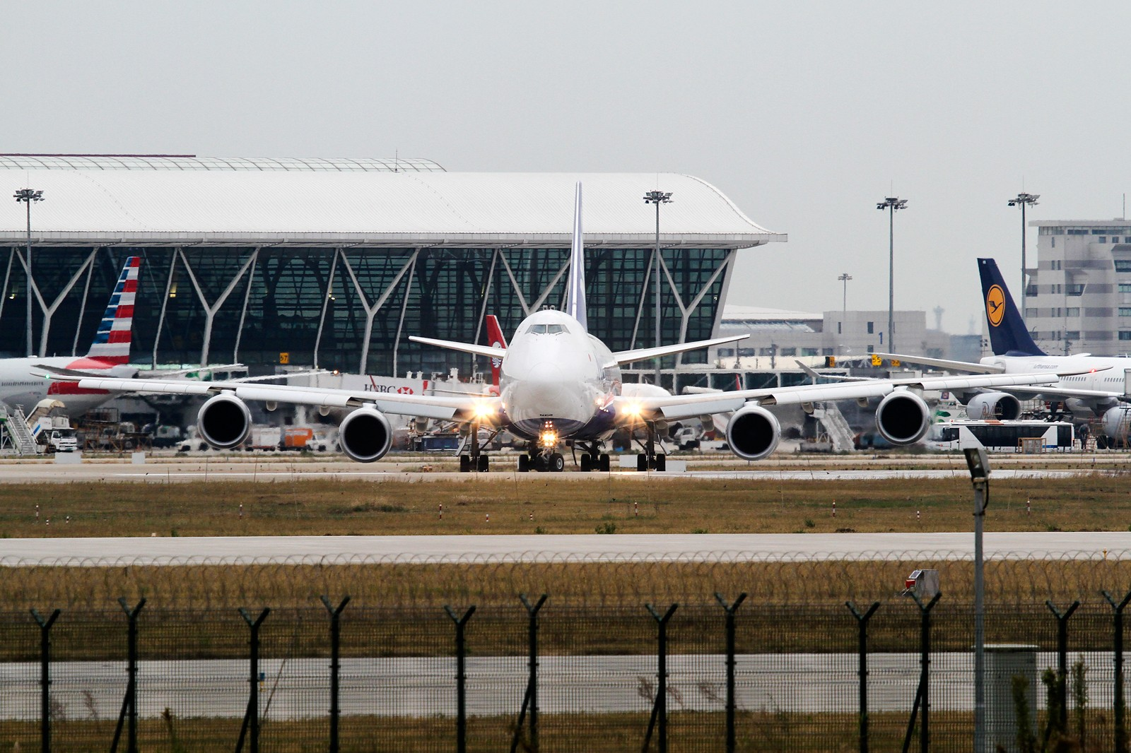 Re:【SHA/PVG/NKG/HKG/PEK】***********2014年度总结*********** BOEING 747-8F JA13KZ 中国上海浦东国际机场