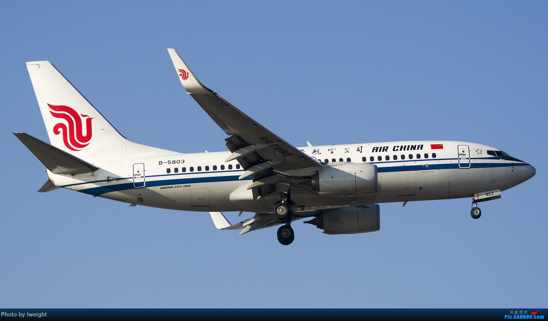 Re:[原创]庆祝升级777,发上今天在首都机场拍的所有飞机【2014-12-14】 BOEING 737-700 B-5803 中国北京首都国际机场