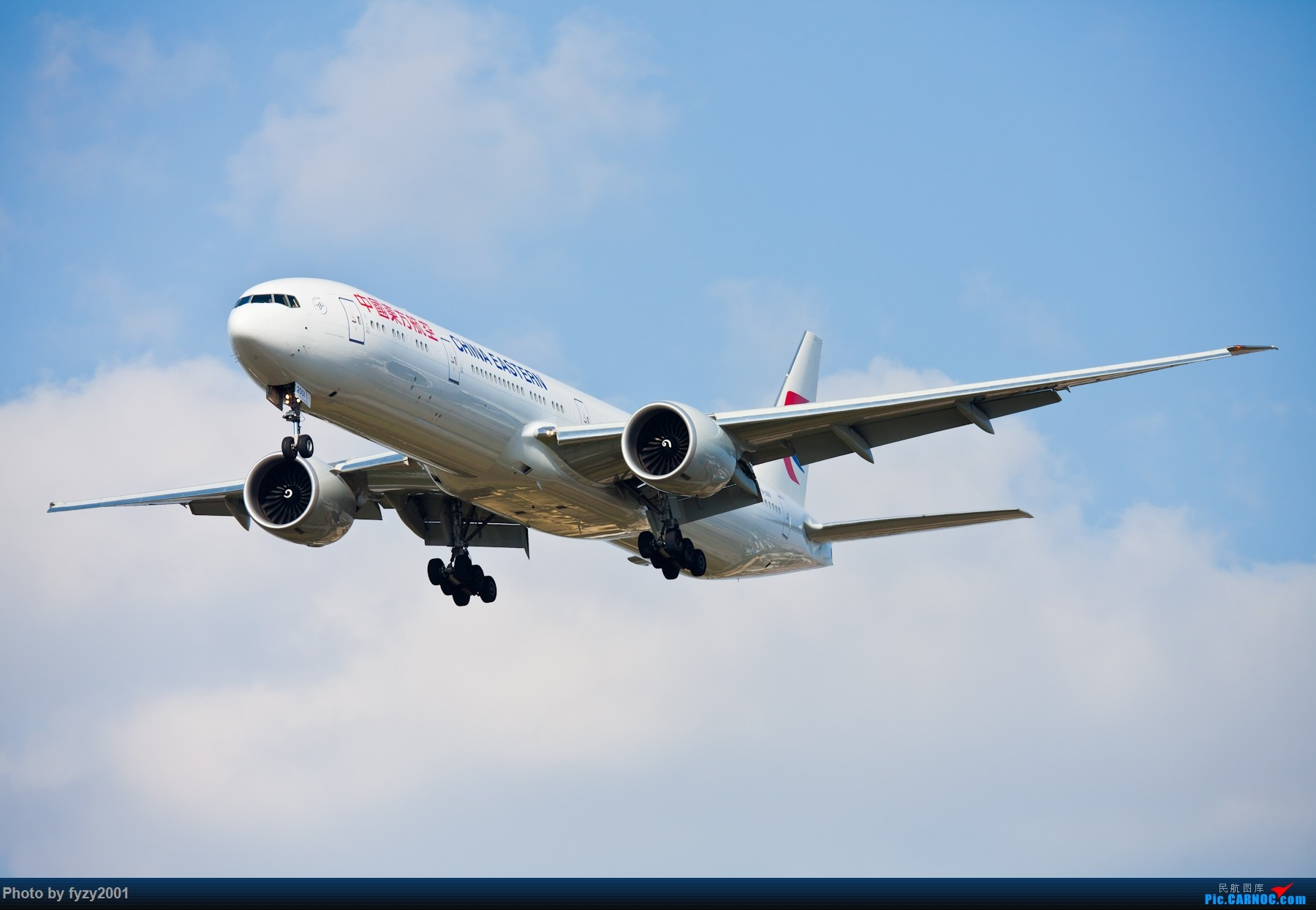 Re:[原创][无锡西站]PVG的大飞机~~~~ BOEING 777-300ER B-2001 中国上海浦东国际机场