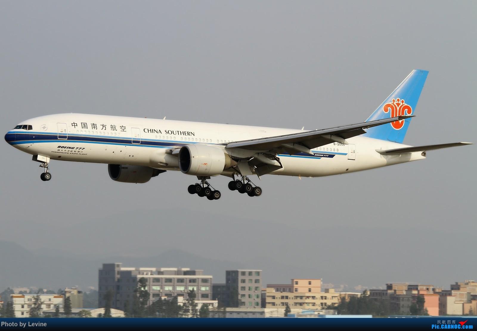 [原创]宽体 BOEING 777-200 B-2055 中国广州白云国际机场