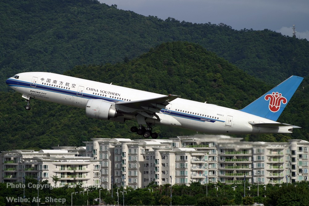 Re:我们不会忘记南航曾经有架为N688CZ美国注册号的波音777 BOEING 777-200 N688CZ 中国广州白云国际机场